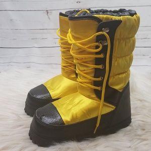Size 4 Ralph Lauren weather boots